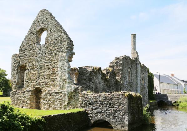 christchurch_castle